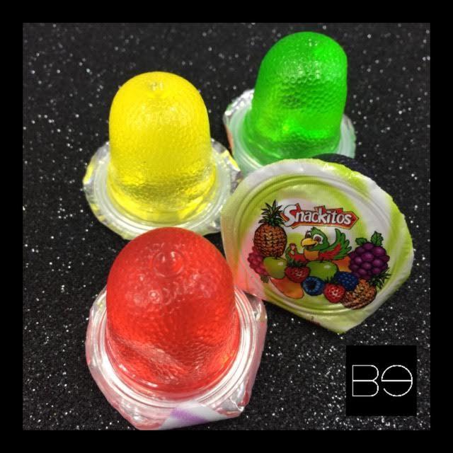 mini gelatinas roja, amarilla, verde