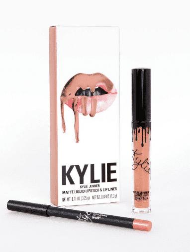 Caja de Kylie Cosmetics con un kit de labios